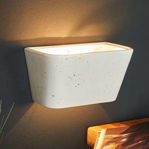 Hranaté nástěnné světlo Patricia z keramiky